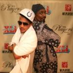T.I. Makes Snoop Dogg Apologize to Iggy Azalea (Video).