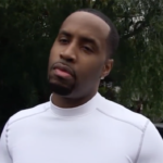 "Safaree Insults Crowd After Getting Booed While Performing ""Hunnid"" Single."